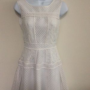 FOREVER 21 WHITE LACE SLEEVELESS DRESS SIZE S